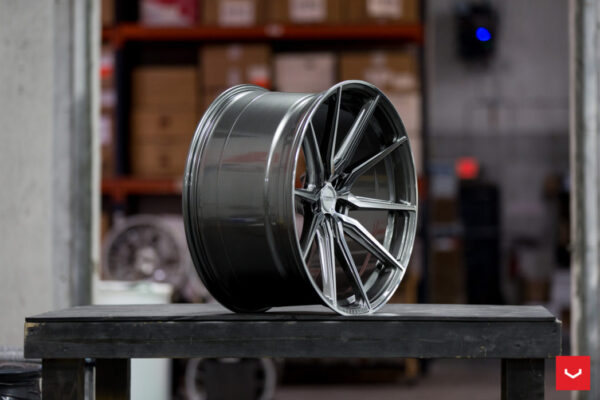 Диски Vossen HF-3 Цвет Gloss Graphite Polished